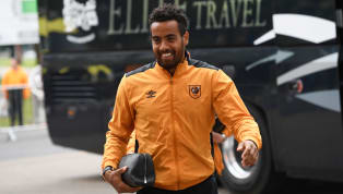 Tom Huddlestone Pens Emotional Goodbye Letter to Hull Fans Following Derby County Transfer