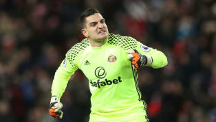 Reading Announce the Signing of Sunderland Keeper Vito Mannone on a 3-Year Deal