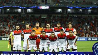 INSÓLITO | El polémico gesto del árbitro Loustau con los jugadores de Newell's
