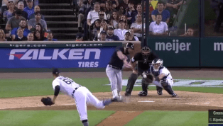 VIDEO: Jason Kipnis Crushes 3-Run Blast in 9th Inning to Lift Indians Over Tigers