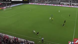 MEMORABLE: Wayne Rooney tiene al mundo del fútbol a sus pies luego de esta jugada de película