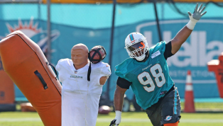 Dolphins Reportedly Cut DT Gabe Wright After Punching RB Kenyan Drake