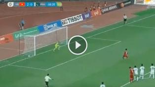 VIDEO: Sốc với lần thứ hai Công Phượng 'tạch' pen trong trận đấu với Olympic Pakistan