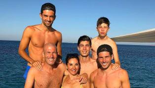 PHOTOS : Les vacances de rêve de la famille Zidane à Ibiza