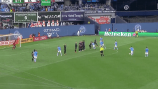 BÁRBARO: David Villa evitó la derrota de su equipo con este golazo