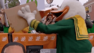VIDEO: Oregon Duck Destroys Fan With Cake to the Face