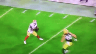VIDEO: Clay Matthews Inexcusably Gets Torched on Awful Missed Tackle