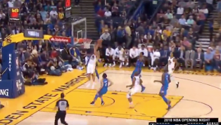 VIDEO: Dennis Schroder Shows Off Ups With Athletic Block of Klay Thompson