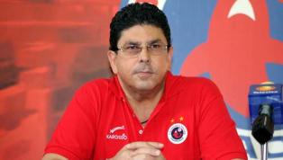 FURIOSO | Fidel Kuri cargó contra el arbitraje tras el estreno del VAR