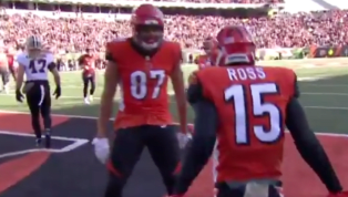 VIDEO: Watch Bengals Tie it up With TD Pass to John Ross