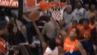 DE IMPACTO: Jordan Clarkson se lució con un tapón contra Malik Monk