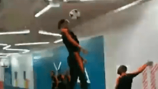 Video: Virgil van Dijk Displays Insane Ability During International Training With Netherlands