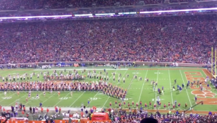 VIDEO: Hunter Renfrow Receives Amazing Ovation for Senior Day