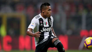 Alex Sandro Speaks Out on Potential Premier League Move After Chelsea Links Renewed