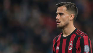 Spurs & Liverpool Miss Out on Chance to Sign AC Milan Winger Suso as Buy-Out Clause Expires
