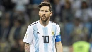 So sánh với Ronaldo, HLV Argentina thừa nhận điều đau đớn về Messi