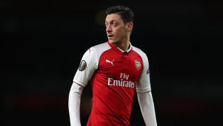 Mesut Ozil Cuts Holiday Short to Link up With Unai Emery After Positive Pre-Season Reports