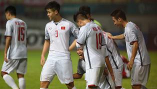 Ngôi sao tuyển Việt Nam: 'Nhiều tuyển thủ còn không mua được vé để tặng gia đình'