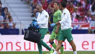 MALAS NOTICIAS   Andrés Guardado salió lesionado frente al Atlético de Madrid