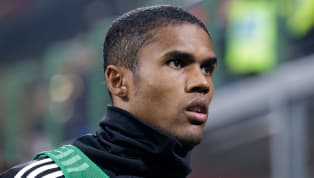 Juventus, Douglas Costa non vuole fare la riserva. Messaggio ad Allegri dal Brasile