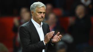 Huyền thoại cảnh báo Jose Mourinho sẽ gặp rắc rối nếu tiếp tục làm điều này