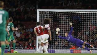 Bessere Pässe als Cech? So lief Bernd Lenos Arsenal-Debüt