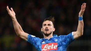 Pioggia e rimonta: il Napoli espugna il Marassi. 2-1 al Genoa e si porta a tre punti dalla Juve
