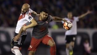 POLÉMICA   La jugada por la que Independiente reclamó penal y roja a Pinola