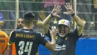 ¡IRREGULAR!   Así han sido los debuts de Maradona como DT