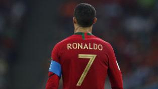 """Lập hat-trick, người """"ngoài hành tinh"""" Ronaldo chạm mốc 5 kỷ lục điên rồ"""