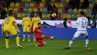Benassi illude i viola ma Pinamonti risponde con una magia: Frosinone-Fiorentina 1-1