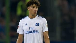 Jonas David unterschreibt einen Profivertrag beim Hamburger SV