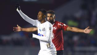 """Cuca ignora torcida, defende Bruno Henrique e se diz em """"dívida"""" com gringo"""