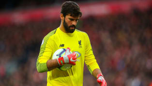 David Seaman Claims Rival Premier League Goalkeeper's Distribution Is Better Than Alisson's
