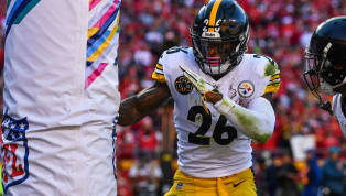 REPORT: Steelers Still Haven't Heard from Le'Veon Bell
