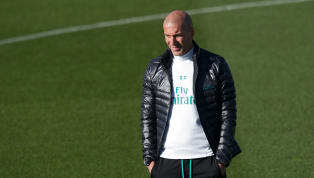 Bayern Munchen Ganggu Man United untuk Rekrut Zinedine Zidane