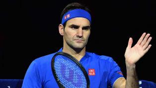 Federer no presta atención a la acusación por supuestamente acomodar el horario de sus partidos