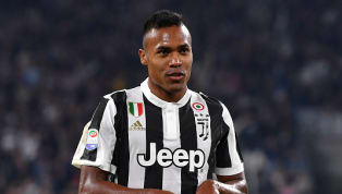 Juventus, c'è il sì del sostituto di Alex Sandro! Un vecchio 'nemico' sulla strada dei bianconeri