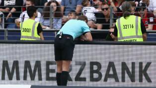 ¡INSÓLITO!   Un español denuncia a la UEFA, FIFA y RFEF por el plagio del VAR