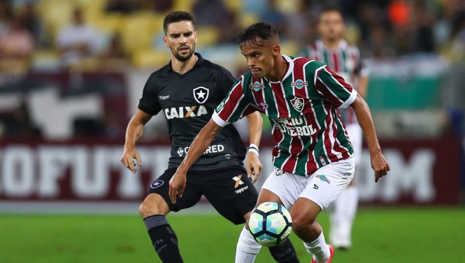 Exemplo no rival  Flu visita o Botafogo para esquecer eliminação na Sul- Americana da32a9bc34966