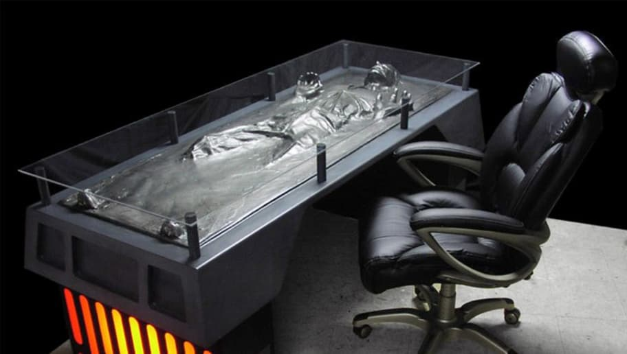 Charmant Whatu0027s An Office Without A Desk Of Han Solo Frozen In Carbonite? You Can  Get This Office Decor For $9,999! Itu0027s Pretty Pricey, But Itu0027s Definitely A  ...