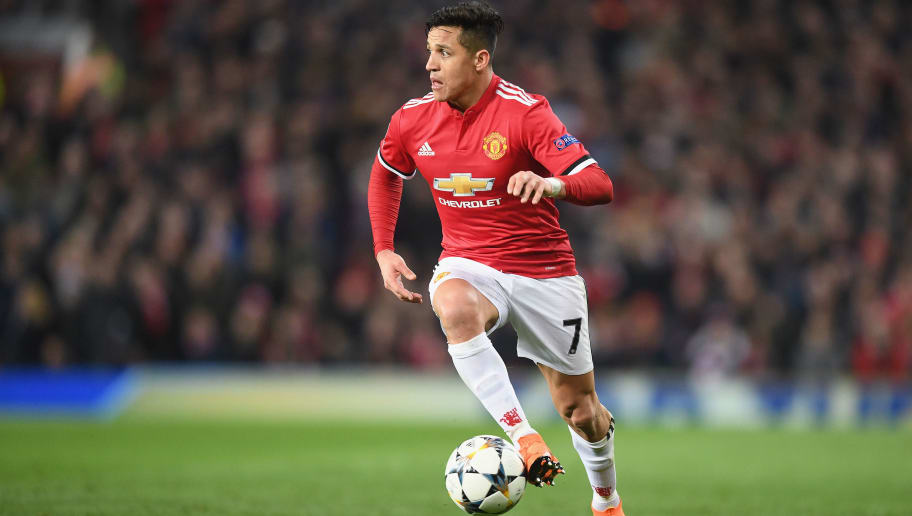Revealed the reason why alexis sanchez eats alone at manchester revealed the reason why alexis sanchez eats alone at manchester uniteds training ground stopboris Image collections