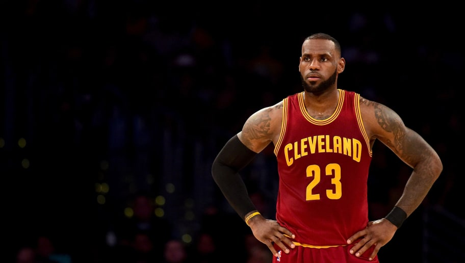 LeBron James Signs Four-Year Max Deal With the Lakers | 12up