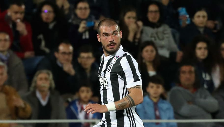 Stefano Sturaro's Agent Confirms Leicester & West Ham Have Made Offers for Juventus Midfielder