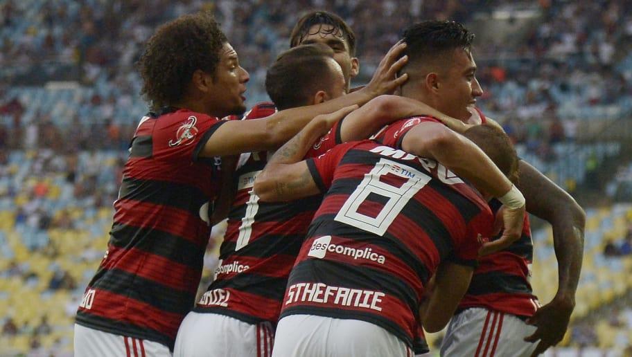 Com intensidade e &#39novos&#39 destaques, Flamengo de Dorival já chama atenção