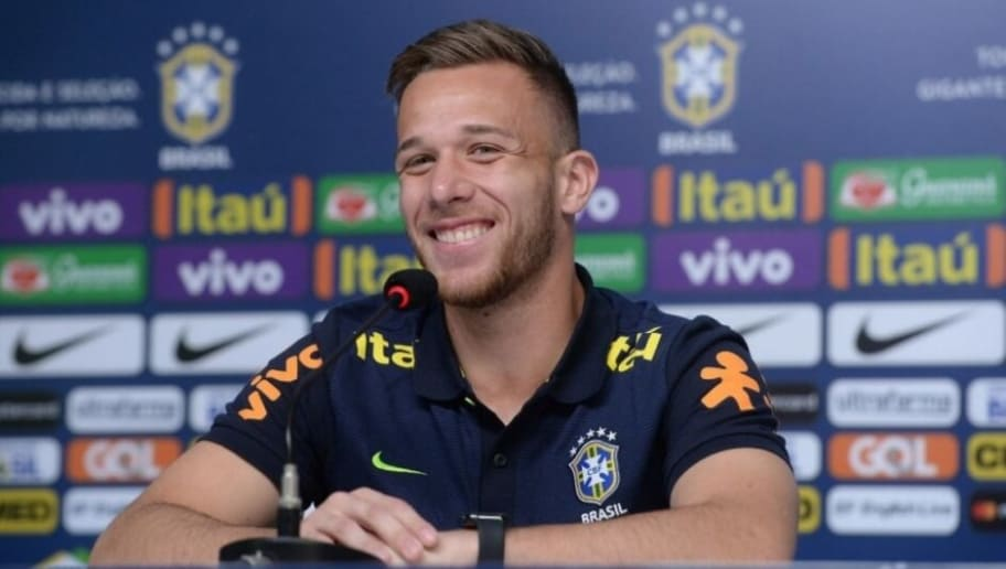 Fim de papo! Veja se Grêmio deve liberar Arthur ao Barcelona