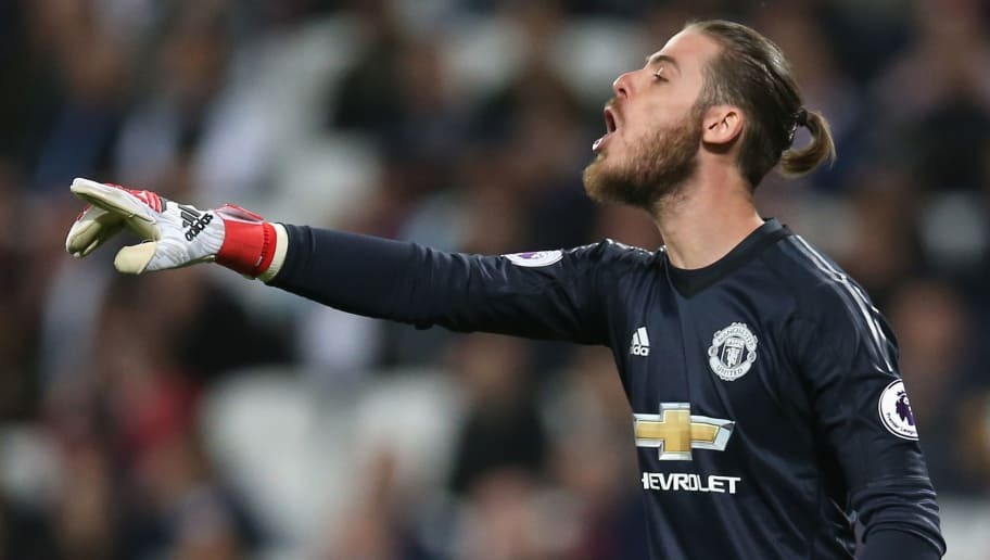 Manchester United vs Chelsea: Courtois warns Lukaku ahead of FA Cup final