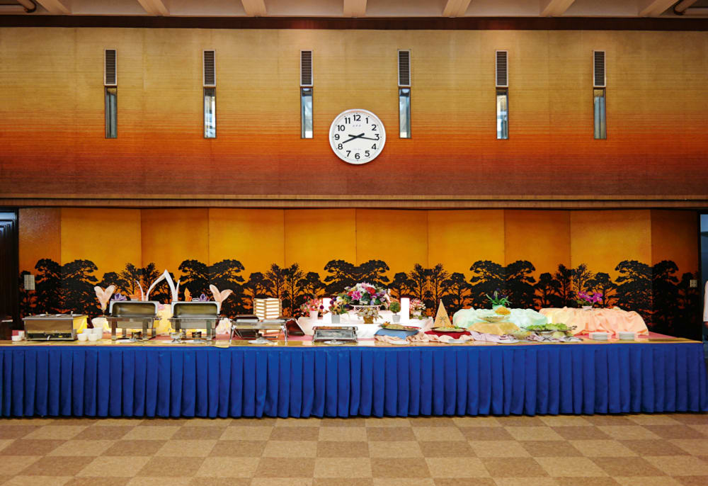7. A Banquet Room in the Koryo Hotel