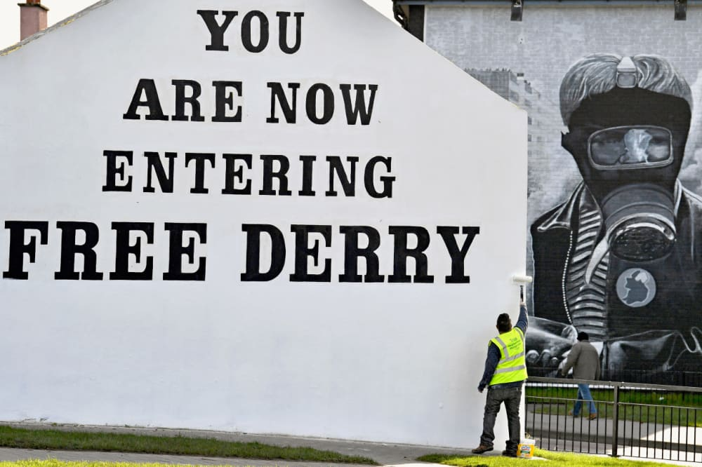 2. PROTESTORS LAUNCH THE DERRY CIVIL RIGHTS MARCH.