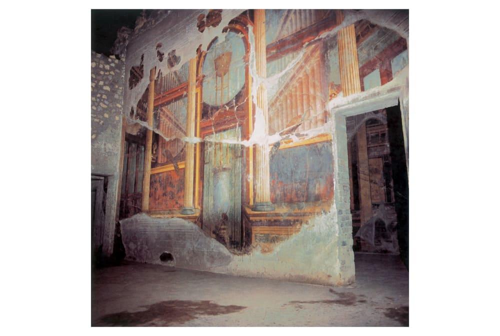 3. ANCIENT ROMAN FRESCOS